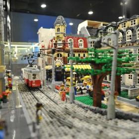 z17095584IH,Najwieksza-wystawa-budowli-z-klockow-LEGO-na-Stadi
